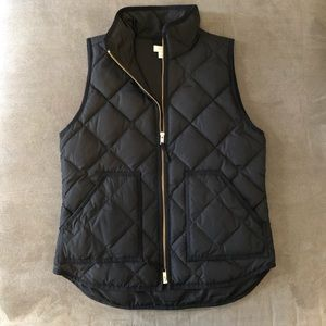 J.Crew Factory puffer vest, black size small